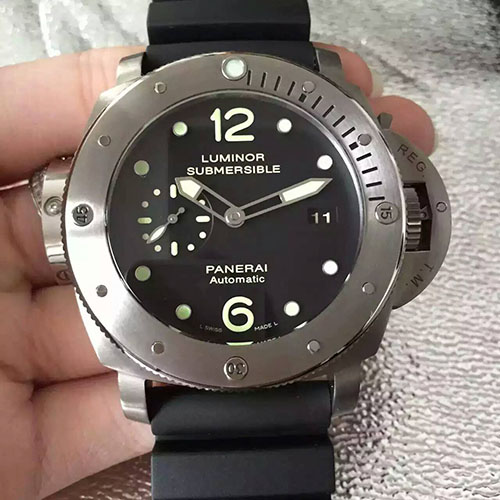 3A沛納海 Panerai Luminor Submersible系列pam571